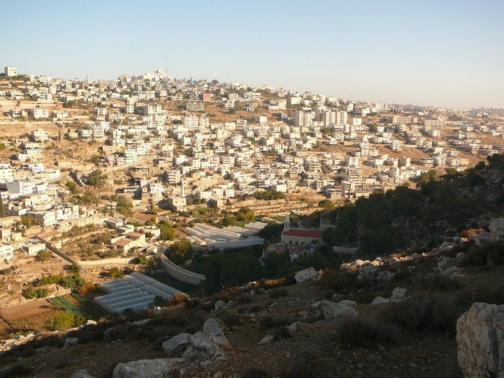 В последние годы Артас соединилась с Даейше и Бейт Лехемом - с другой стороны холма