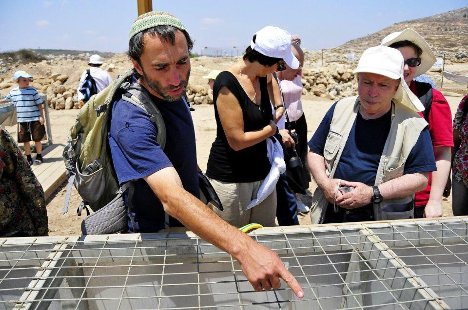 Установки для промывания земли в археологических раскопках в Шило