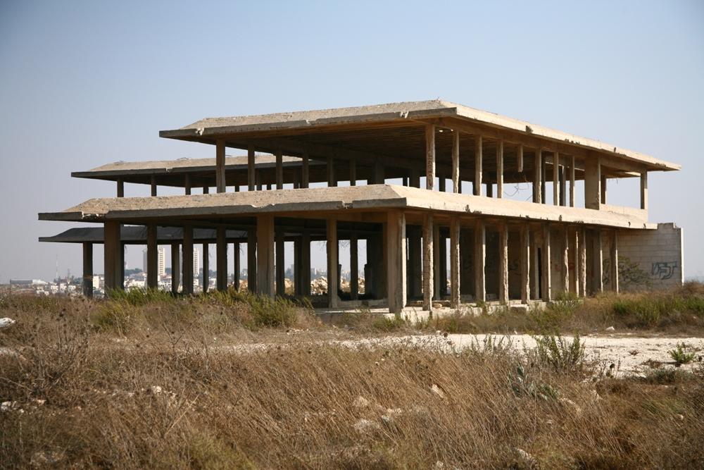 Недостроенный дворец Хусейна