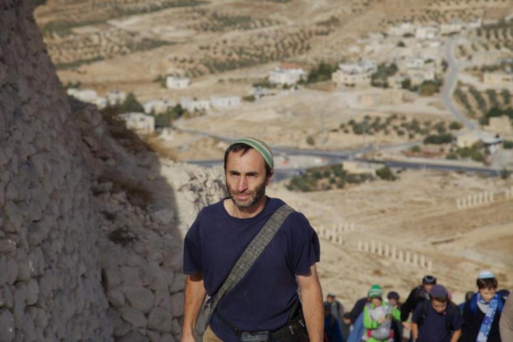Подъем на Иродион, экскурсовод по Израилю Арье Парнис