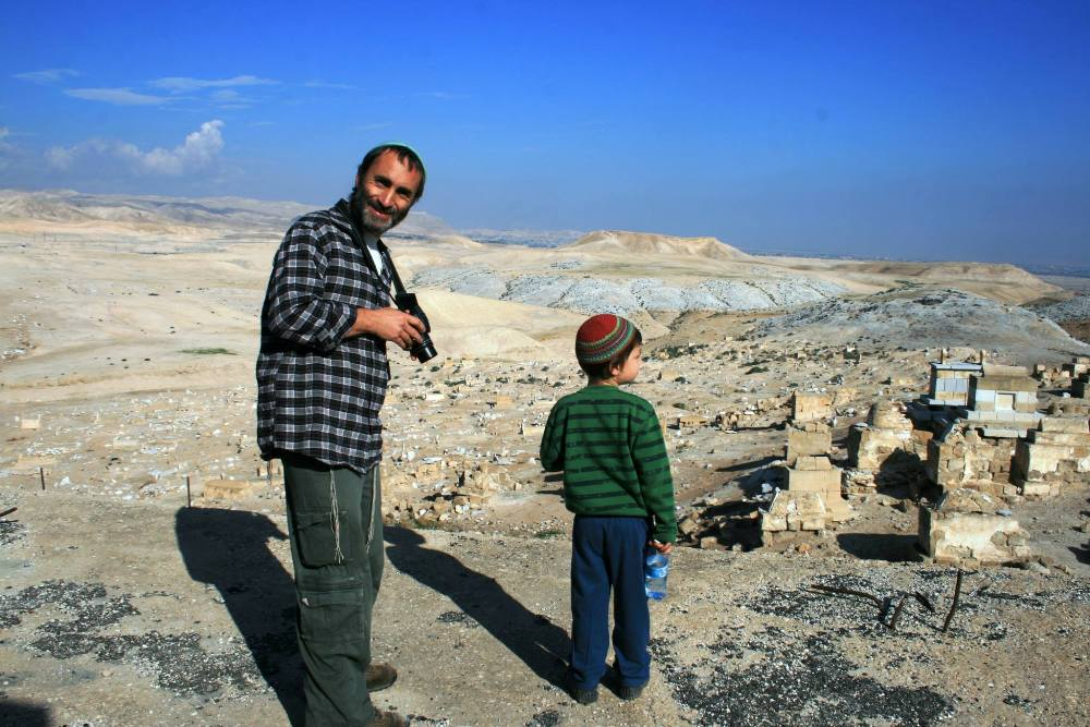 Неби-Муса в Иудейской пустыни, экскурсовод по Израилю Арье Парнис