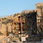 Восстановление арок подиума храма в Кейсарии