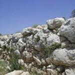 Стены Шеараим - 3000-летней давности в Низменностях Иудеи