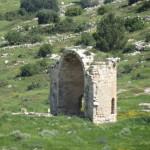 Руины старой церкви в Низменностях Иудеи