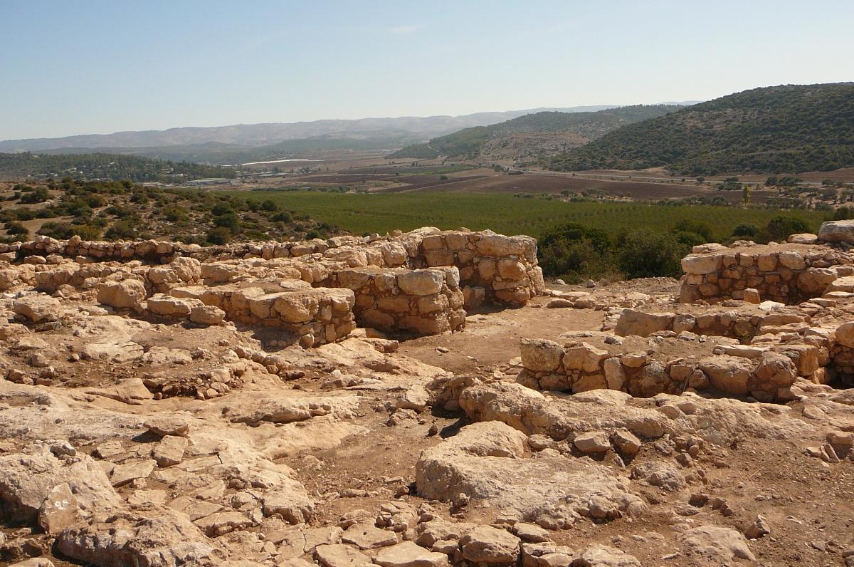 Шеараим в долина аЭлла, ворота 3000 летней давности