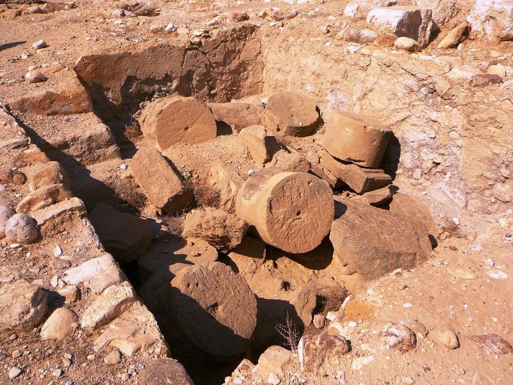 Здание периода Хасмонеев возвышалось над бассейнами Йерихо
