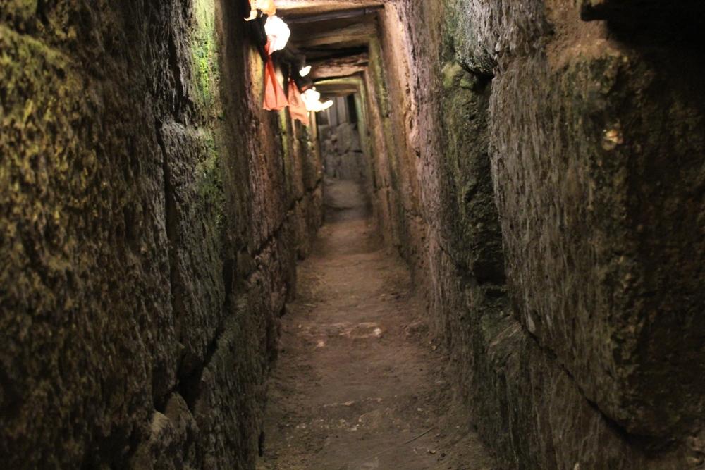 Подземный проход в Иерусалиме от бассейна Шилоах до Храмовой Горы