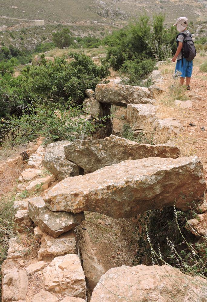 Открытый акведук Биар