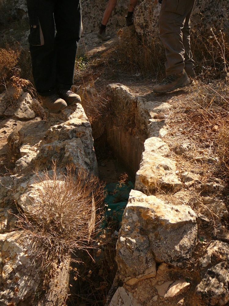 Cегодня акведук без воды - как в плену