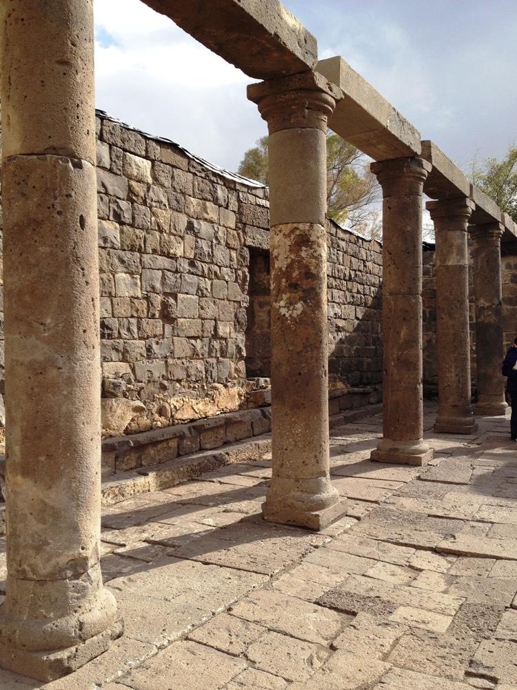 Колонады синагоги Ум эль Канатир