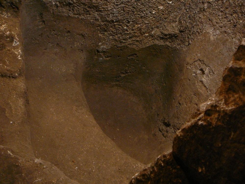 Эти миквы предшествовали строительству Западной Стены