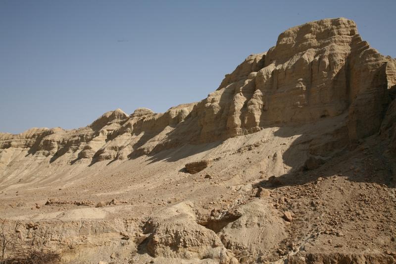 В Иудейской пустыне - ущелье Сдом