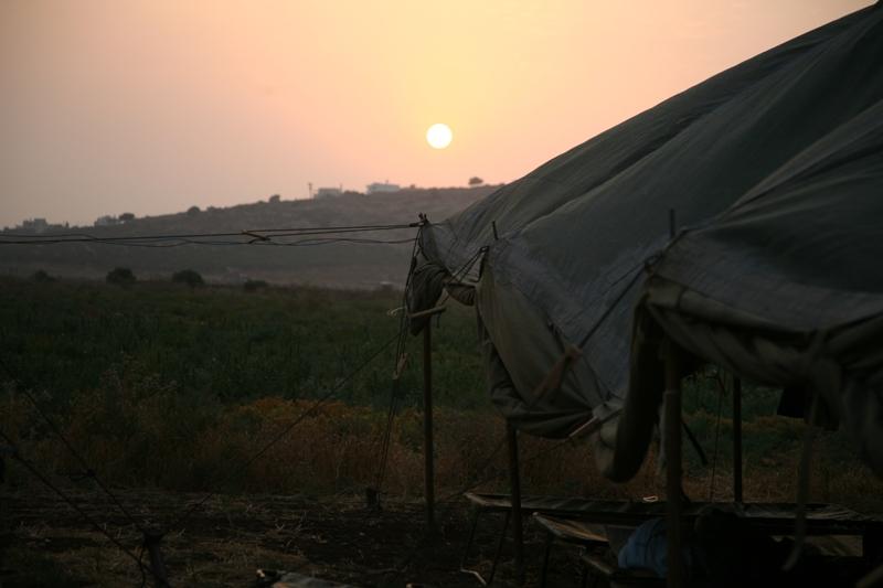 Заключительный вечер - закат в армейском лагере в Галилее
