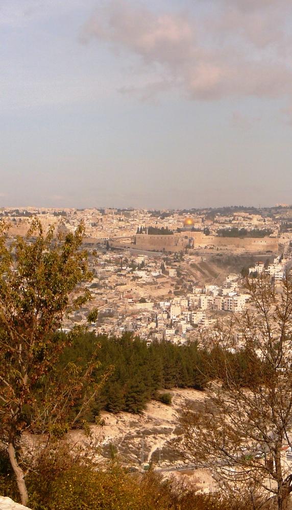 Еврейский Храм - место соединения неба и земли. Б-га и человека