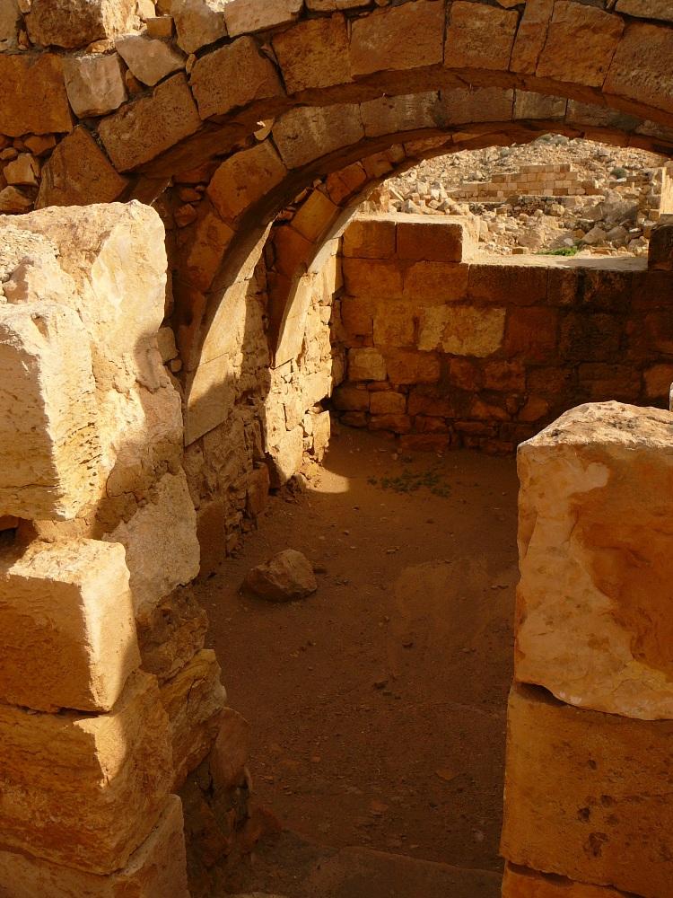 Арочные перекрытия в набатейских домах Мамшита