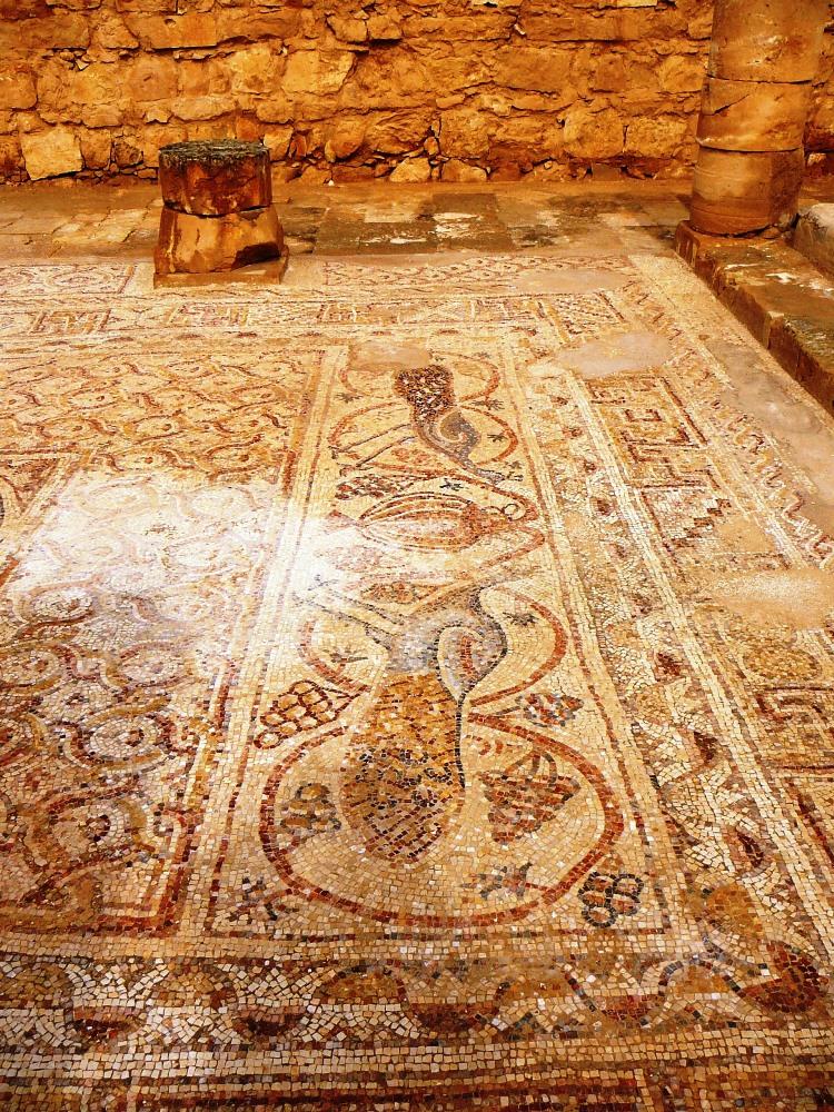 Фрагменты мозаики церкви Нилуса