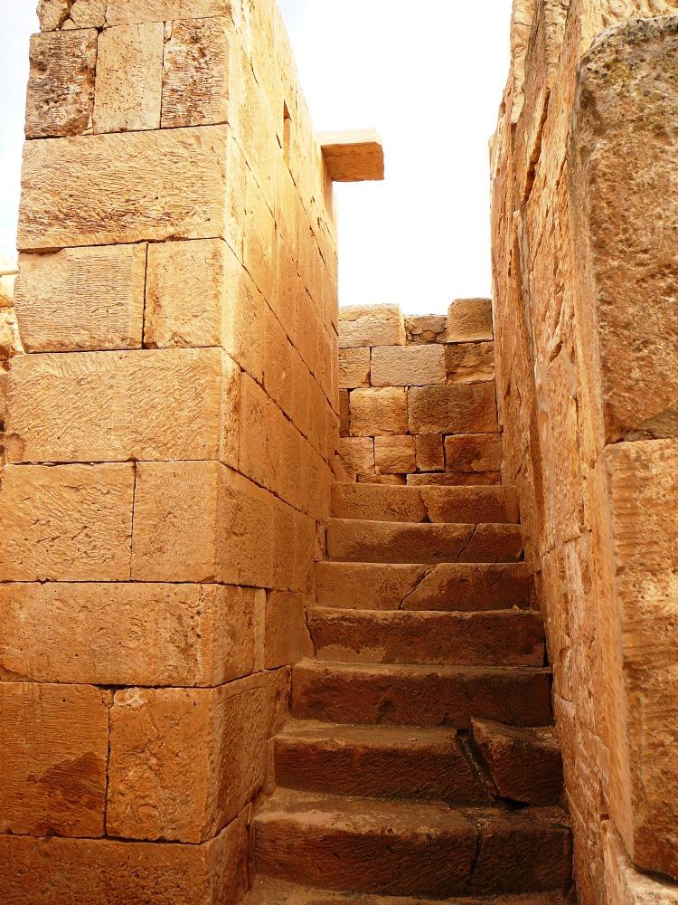 Типичная набатейская лестница на второй этаж