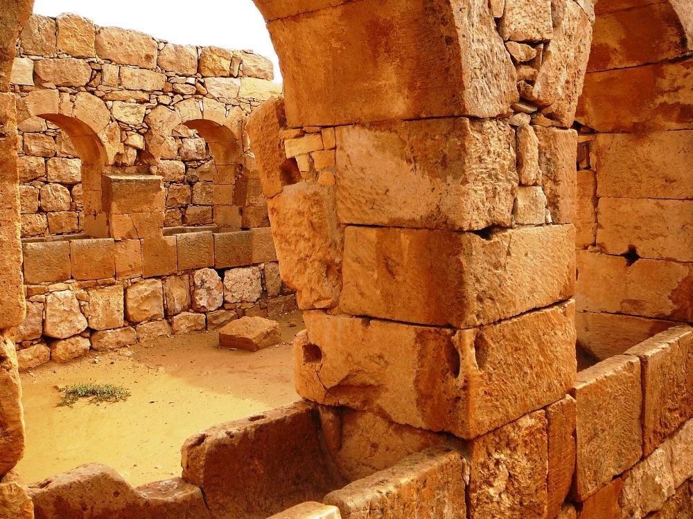 Набатейские конюшни в Мамшите - здеь выращивали аравийских скакунов